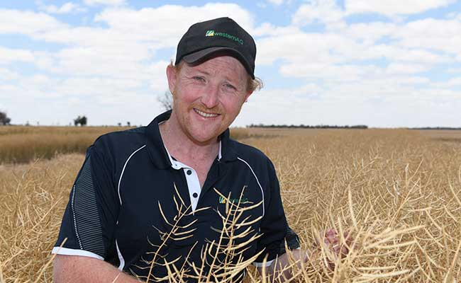 James Jess, Western Ag, found SALTRO®­ DUO, the combination of SALTRO and MAXIM XL, the best treatment for the control of common canola diseases during trial work.
