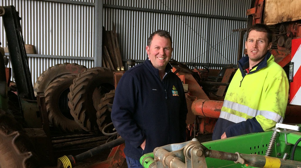 Andrew Powell, Agronomist at Rose & Davies Rural Supplies with potato grower, Scott Dimond.