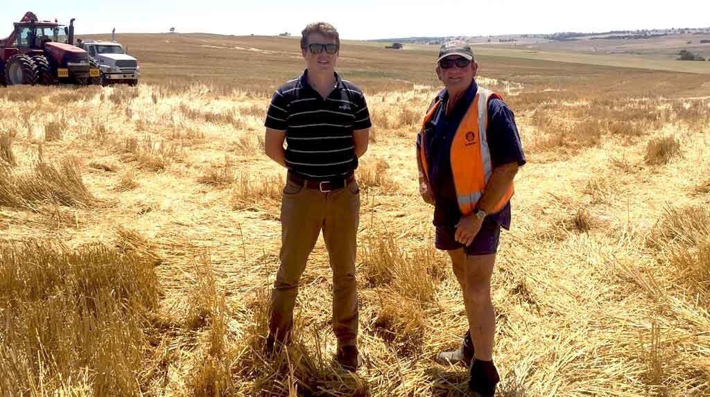 (L to R) Andy Stewart of Harden NSW and Alec Duffy, Syngenta Territory Sales Manager.