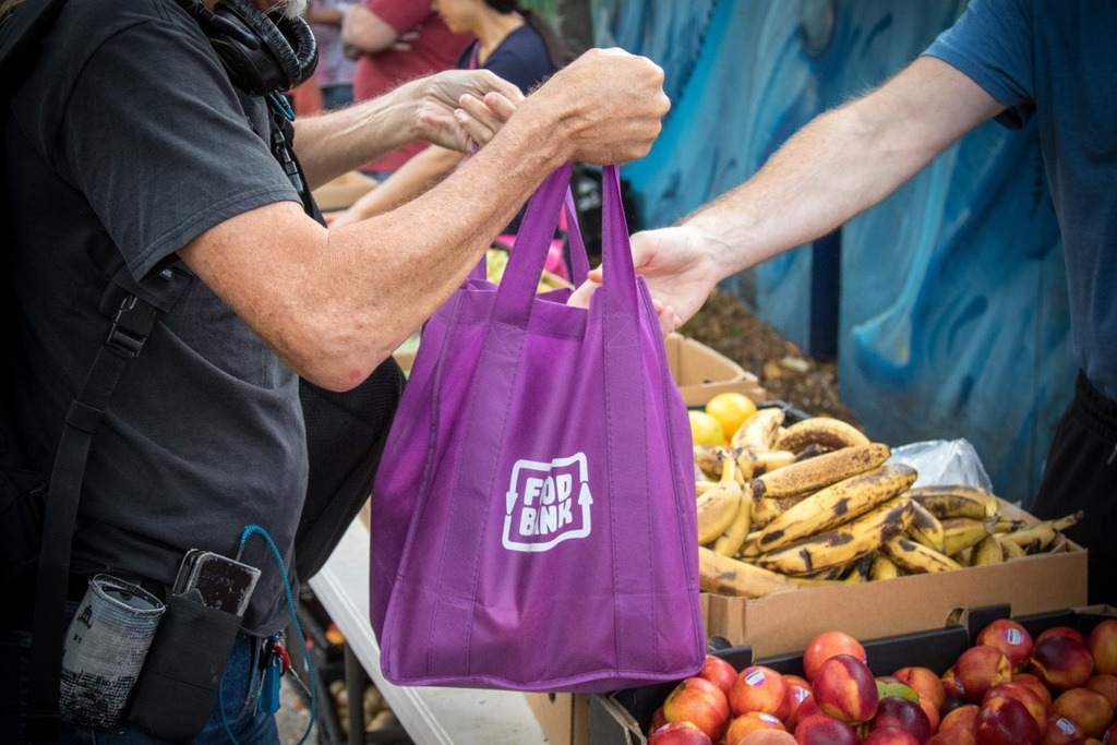 Foodbank bag with groceries